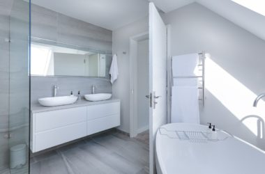 7 Ways to Give Your Rental Property a Dream Bathroom